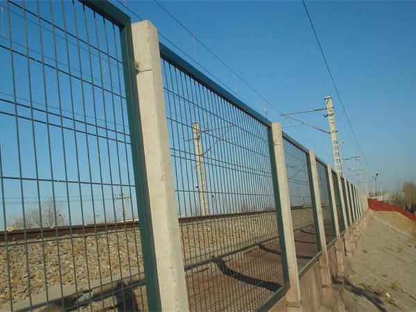 高铁护栏网